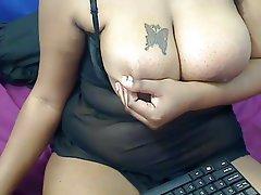 Big Boobs Big Butts Webcam