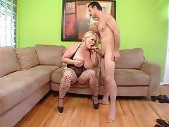 Babe BBW Big Boobs Blonde Pornstar