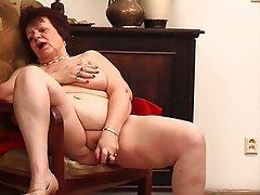 Big Boobs Big Butts Granny Masturbation