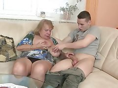 Amateur Granny Mature Big Boobs Old and Young